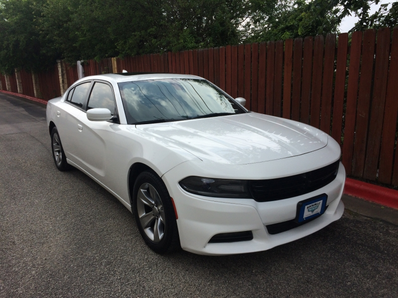 Dodge Charger 2015 price $17,985 Cash