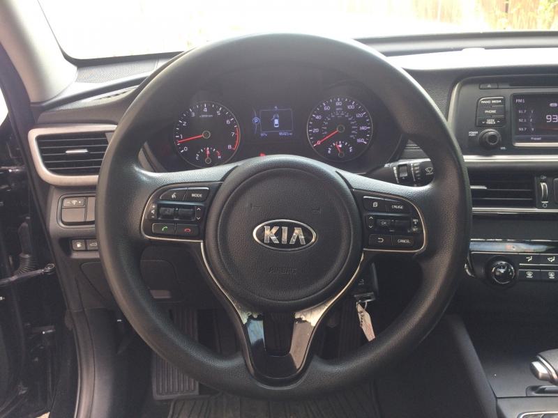 Kia Optima 2017 price $13,785 Cash