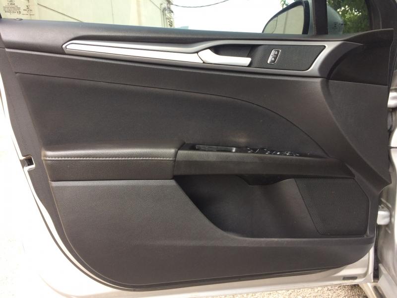 Ford Fusion 2015 price $13,785 Cash