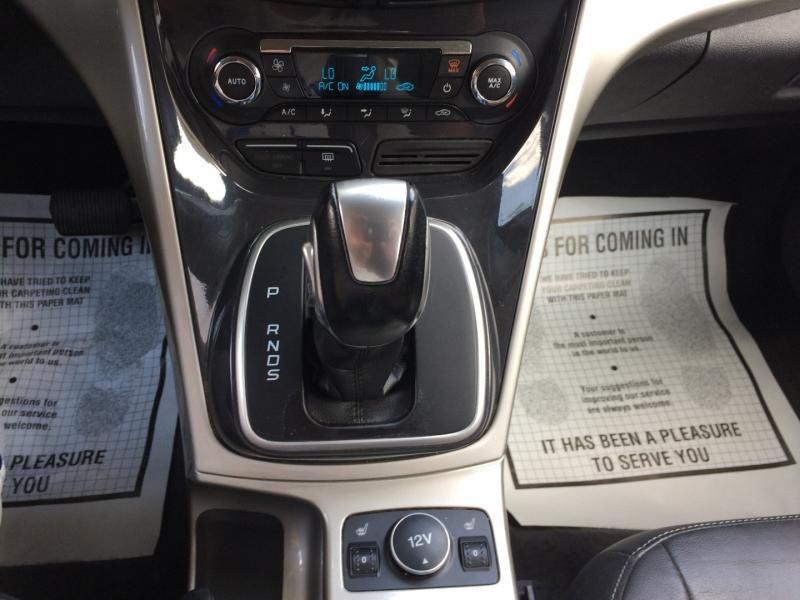 Ford Escape 2013 price $9,985 Cash