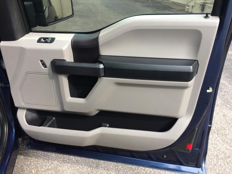 Ford F-150 2015 price $21,950 Cash
