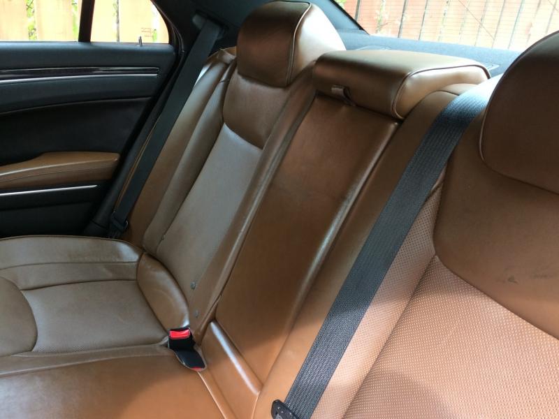 Chrysler 300 2018 price $19,785 Cash