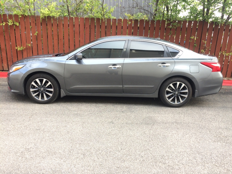 Nissan Altima 2017 price $20,450 Cash