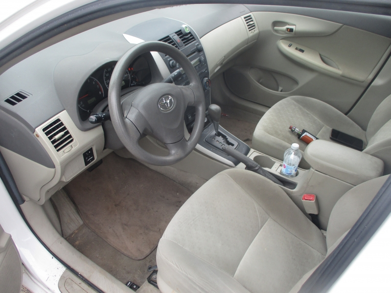 Toyota Corolla 2009 price $3,897 Cash