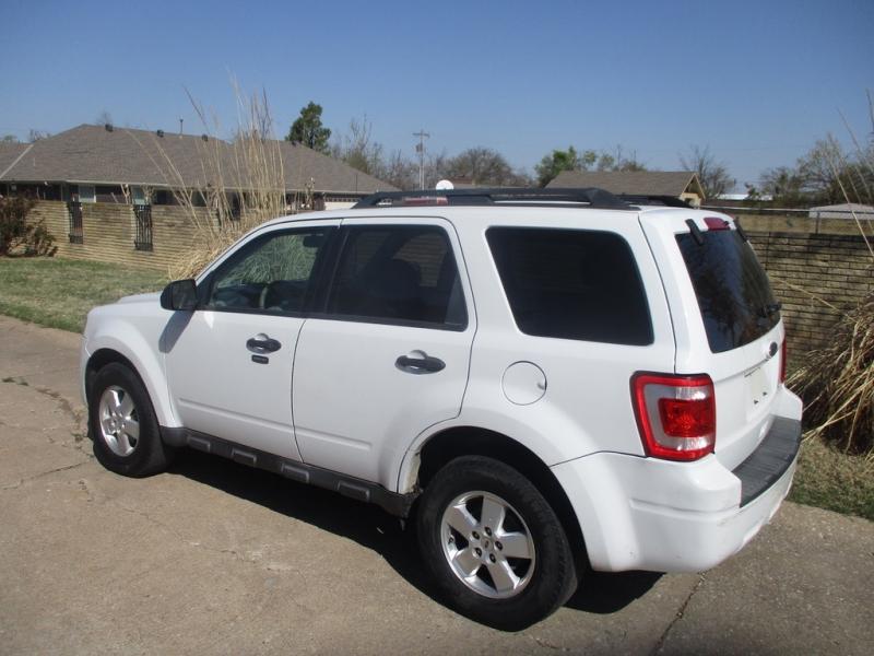 Ford Escape 2012 price $4,495 Cash