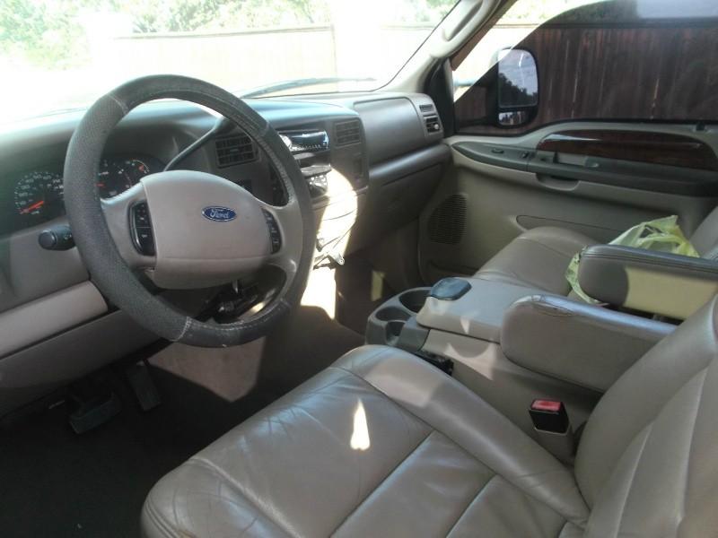 Ford Super Duty F-350 DRW 2004 price $10,696 Cash