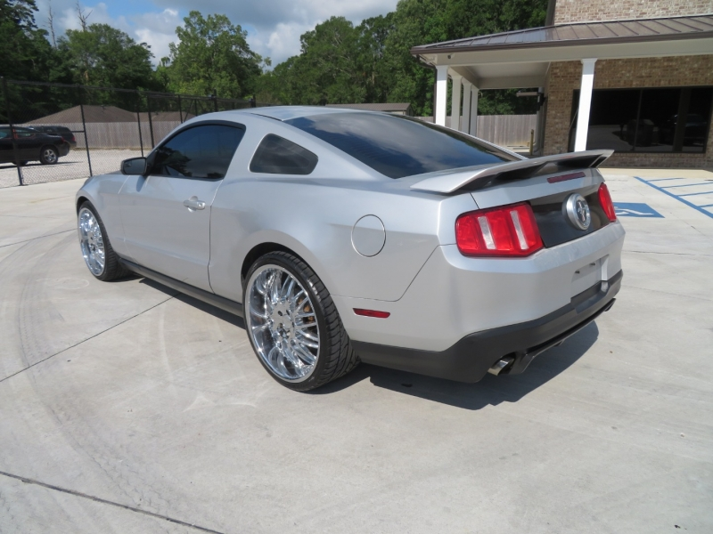Ford Mustang 2012 price $11,995