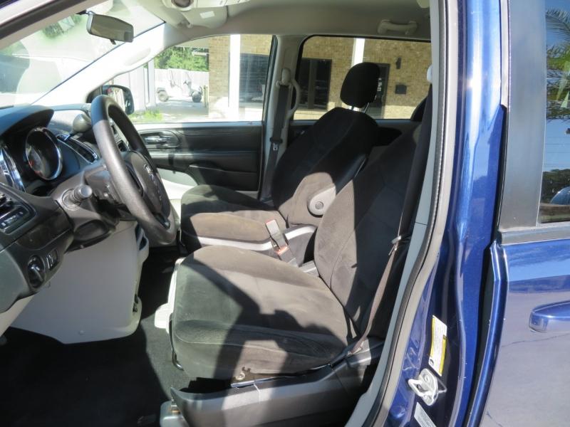 Dodge Grand Caravan 2015 price $7,995