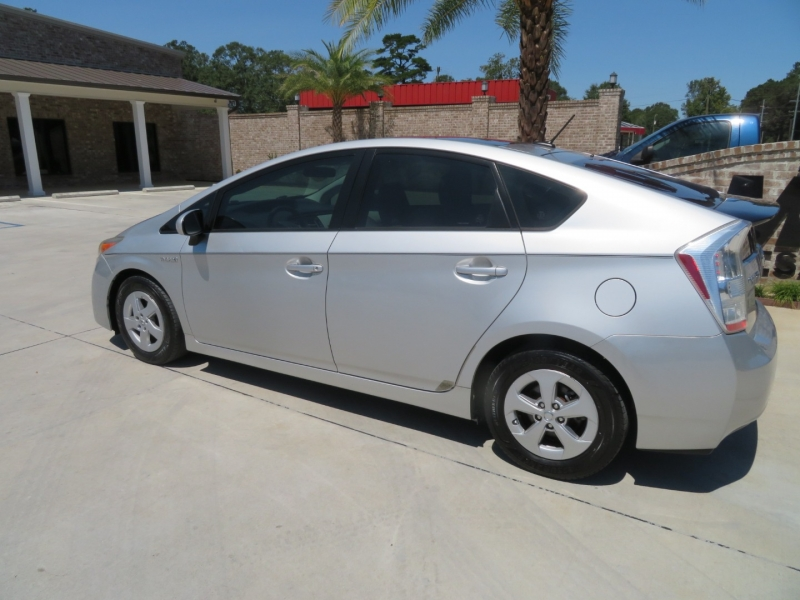 Toyota Prius 2010 price $6,995
