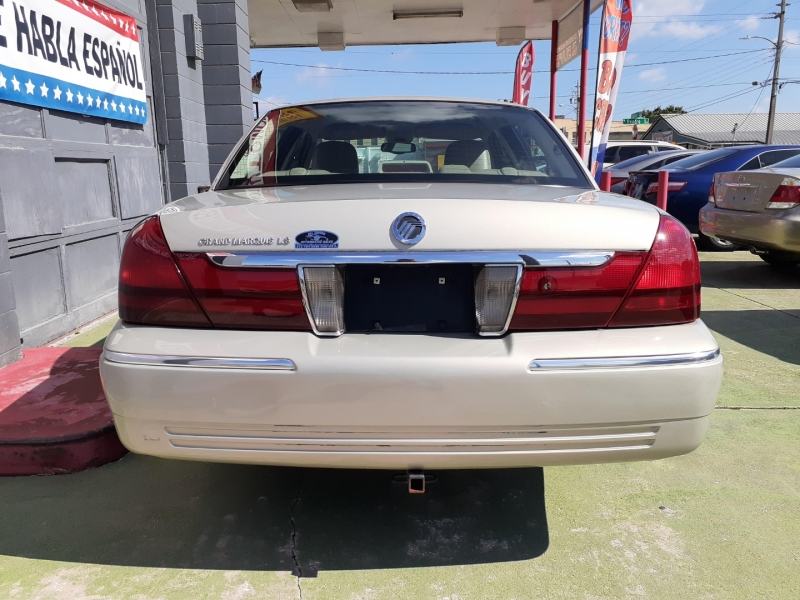 Mercury Grand Marquis 2004 price $1,400 Down