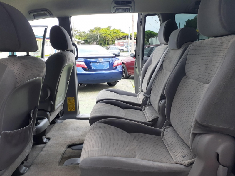 Toyota Sienna 2009 price Call for pricing