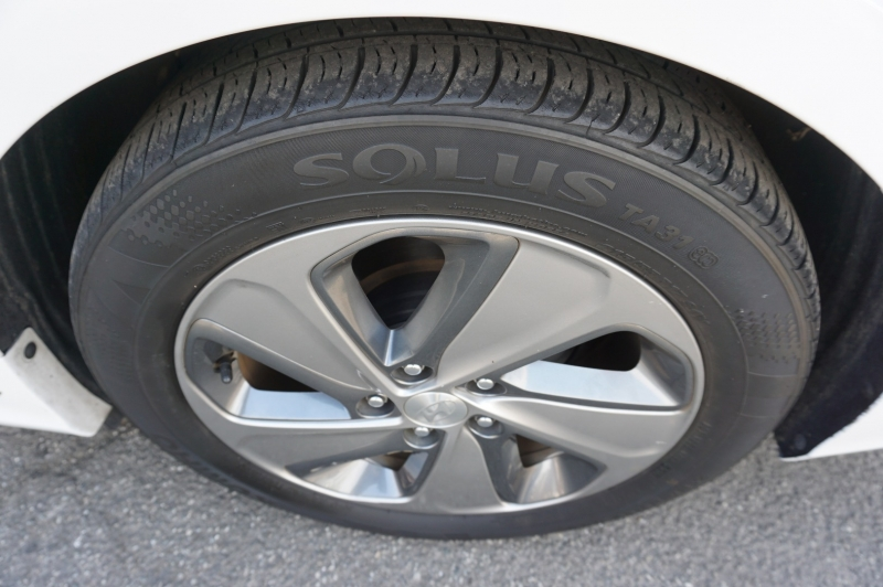 Hyundai Sonata Plug-In Hybrid 2017 price $16,900