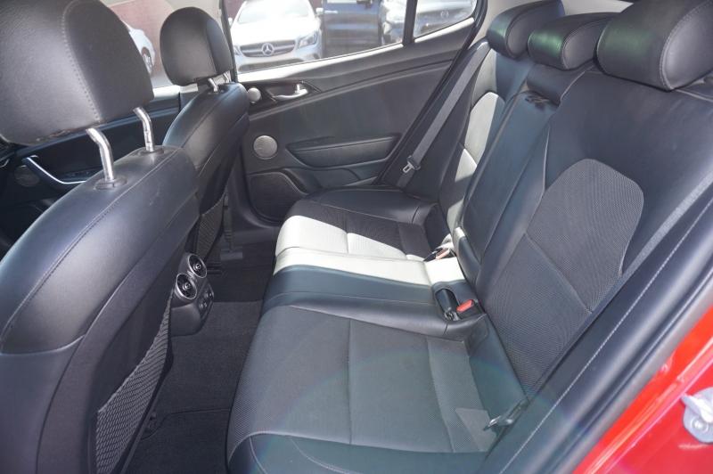 Kia Stinger 2019 price $27,900