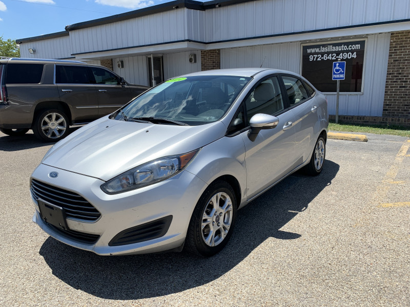 Ford Fiesta 2014 price $5,500 Cash