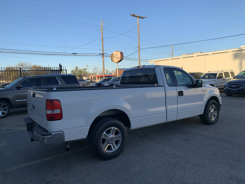 Ford F-150 2005 price $4,900 Cash