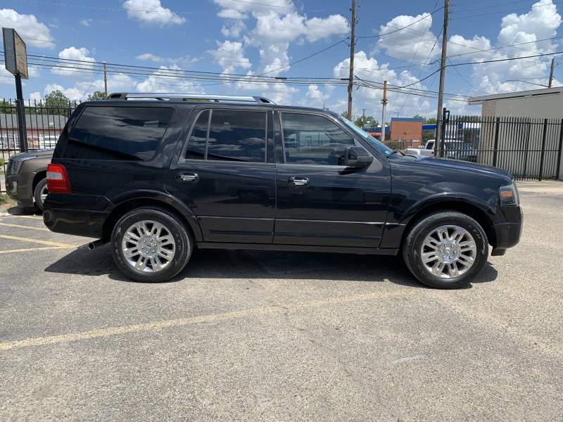 Ford Expedition 2013 price $10,000 Cash