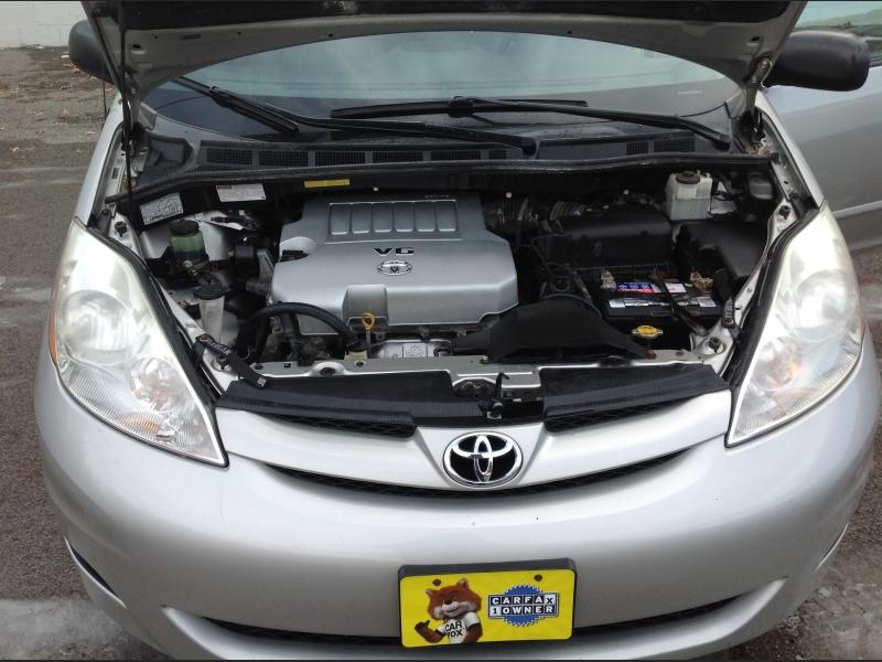 Toyota Sienna 2007 price $6,800