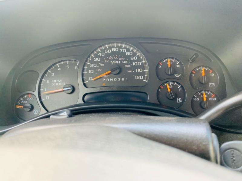 GMC Sierra 2500HD 2006 price $8,000