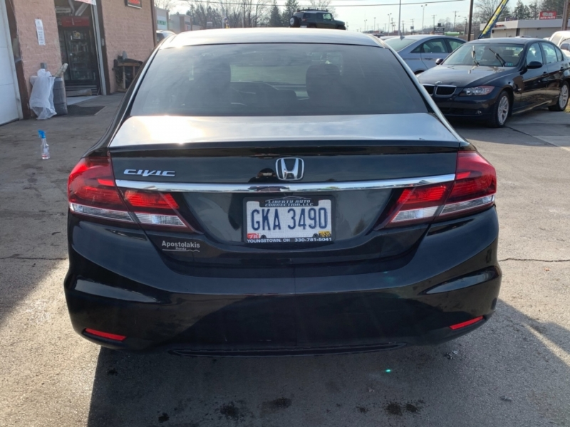 Honda Civic Sedan 2015 price $12,899