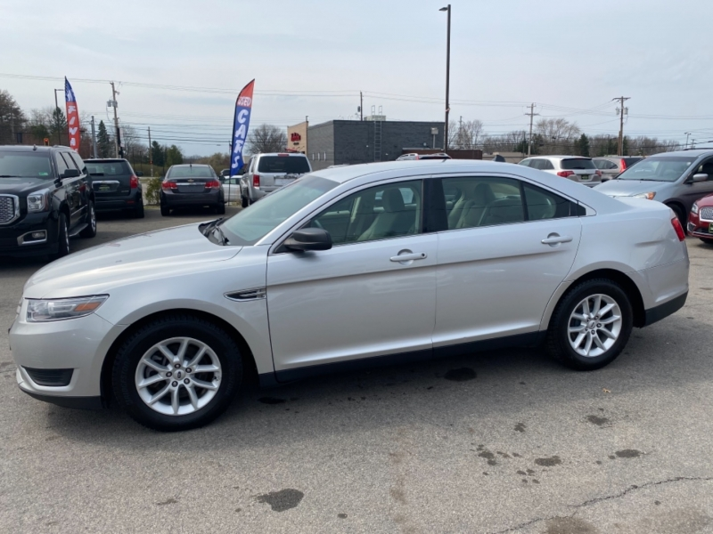 Ford Taurus 2014 price $9,800