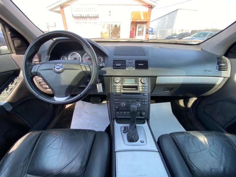 Volvo XC90 2013 price $8,980