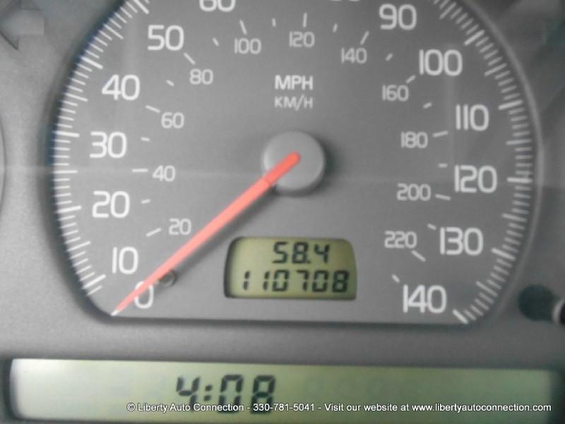 Volvo C70 2004 price $3,500