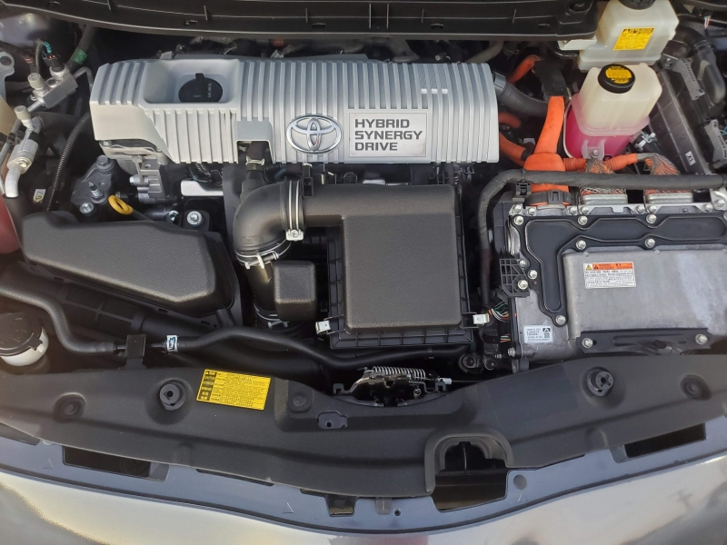 Toyota Prius 2012 price $8,900