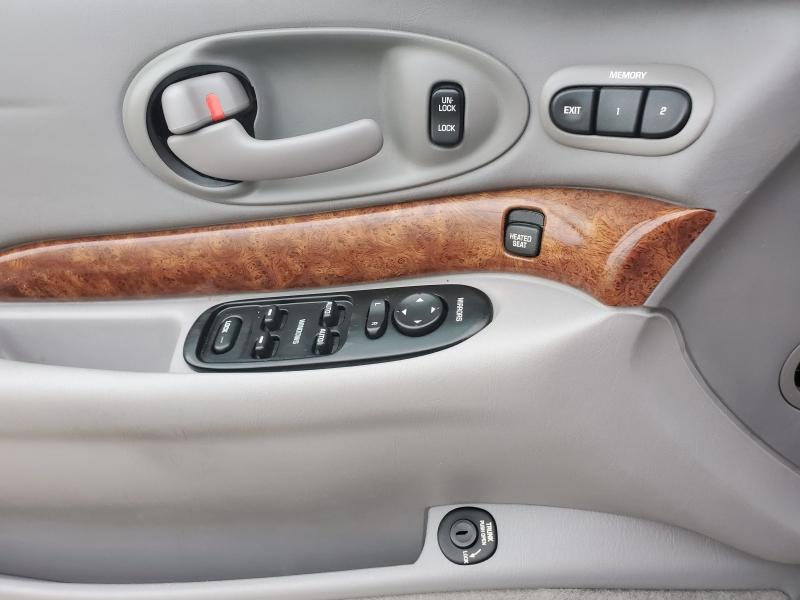 Buick LeSabre 2001 price $6,800