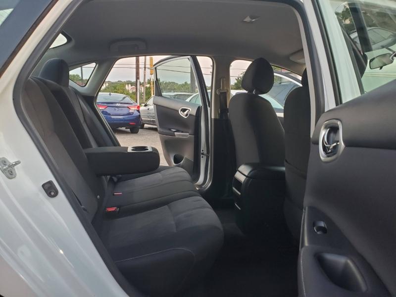 Nissan Sentra 2014 price $7,800