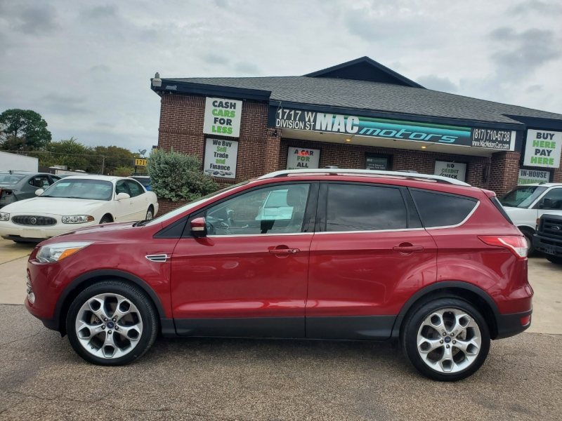 Ford Escape 2013 price $10,600