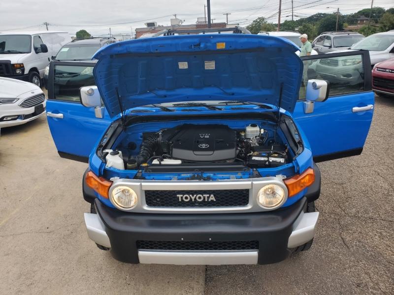 Toyota FJ Cruiser 2007 price $11,799