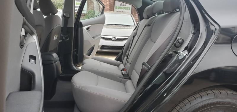 Hyundai Elantra 2015 price $8,200