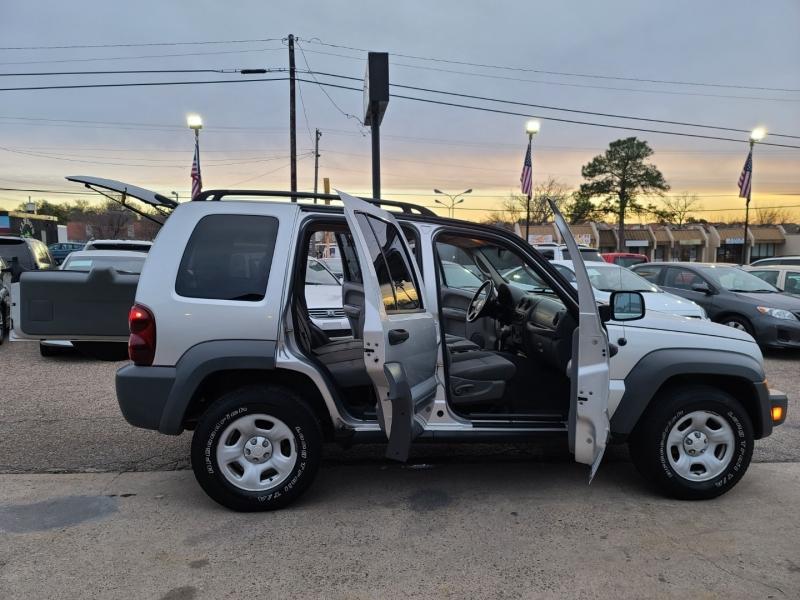 Jeep Liberty 2006 price $6,999