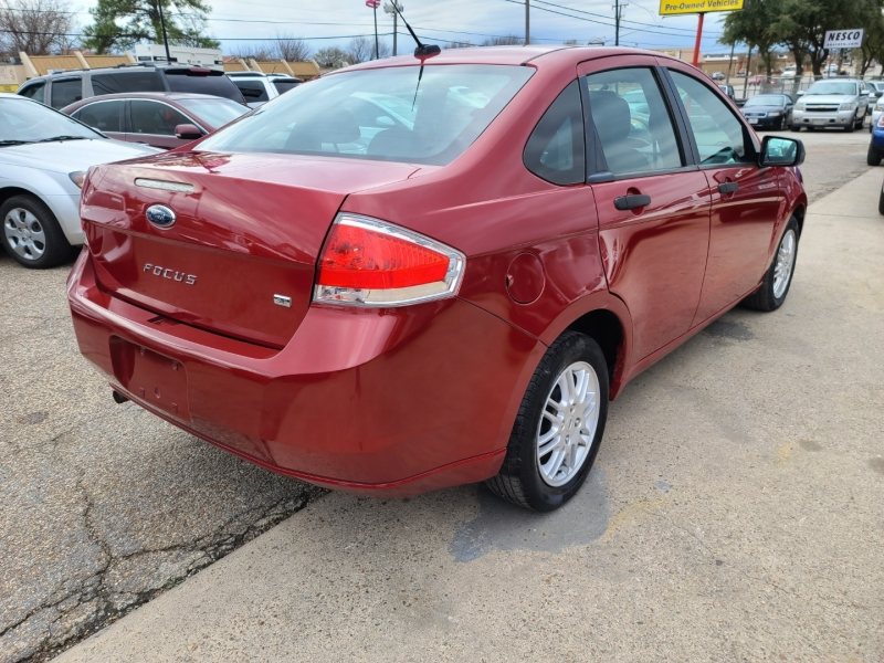 Ford Focus 2010 price $4,999