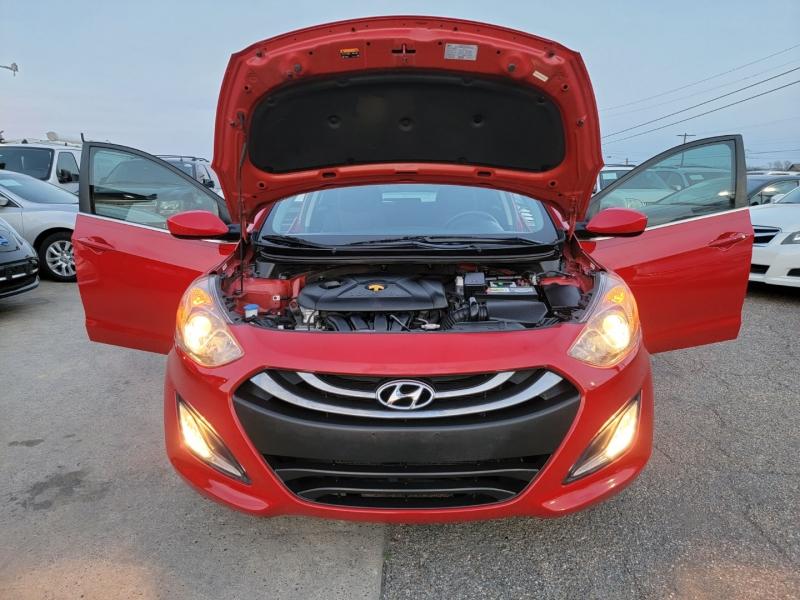 Hyundai Elantra 2013 price $8,300