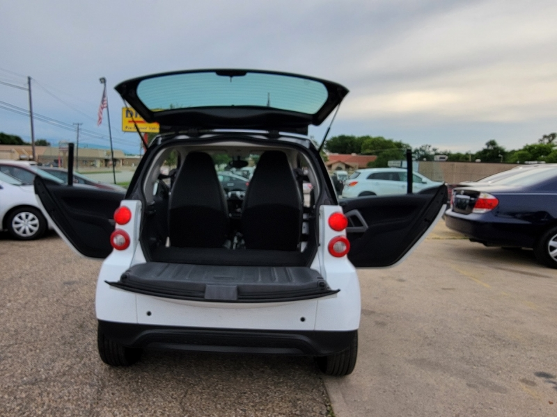 Smart fortwo 2014 price $8,800