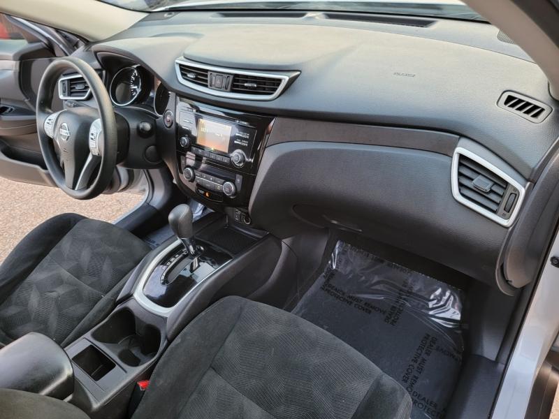 Nissan Rogue 2015 price $15,498