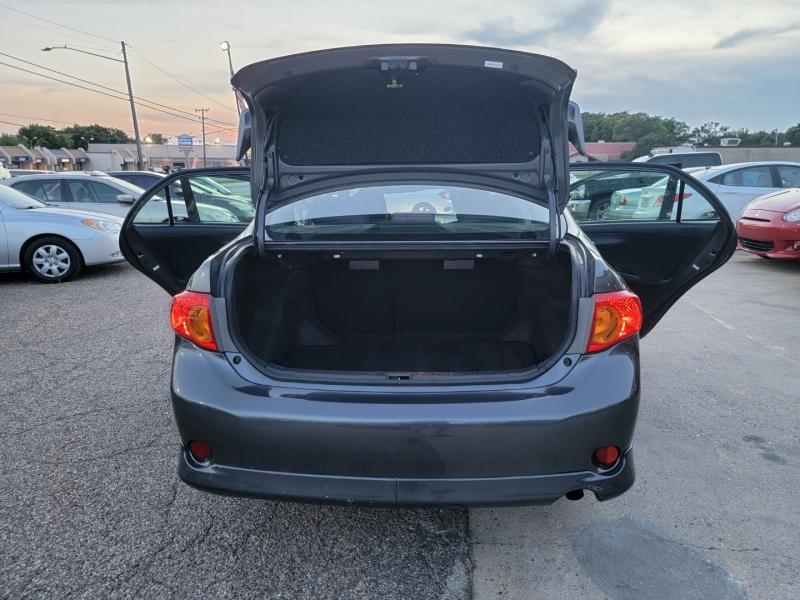 Toyota Corolla 2009 price $8,599