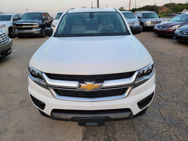 Chevrolet Colorado 2015 price $17,999