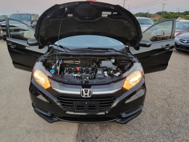 Honda HR-V 2016 price $14,199