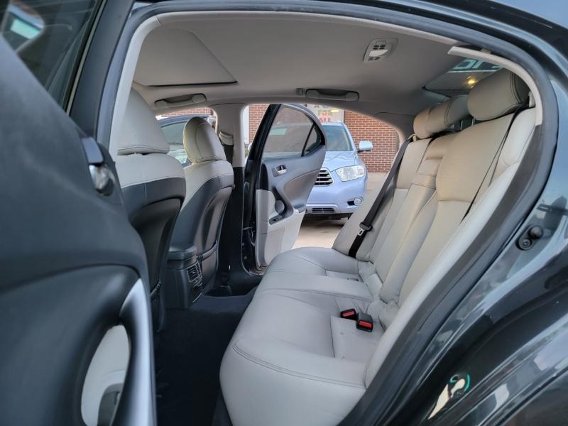 Lexus IS 250 2011 price $12,199