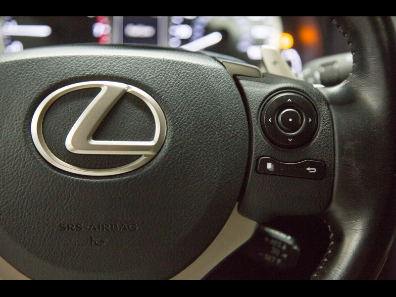 Lexus IS 200t Sedan 2016 price $19,588