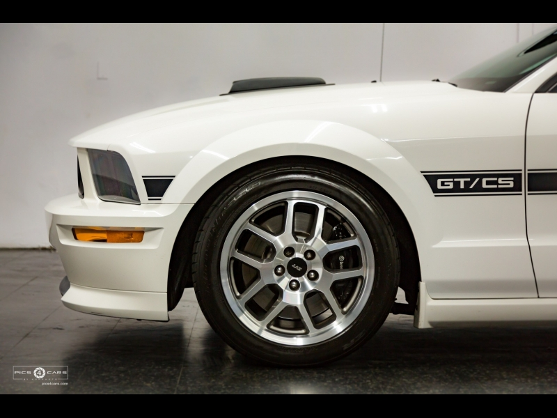 Ford Mustang GT/CS Deluxe 2007 price $17,998