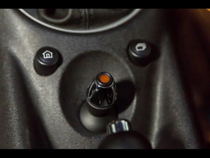 Mini Cooper Hardtop 2012 price $9,999