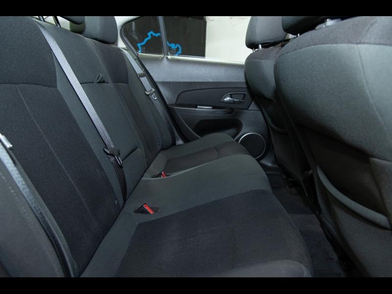 Chevrolet Cruze 2011 price $4,998