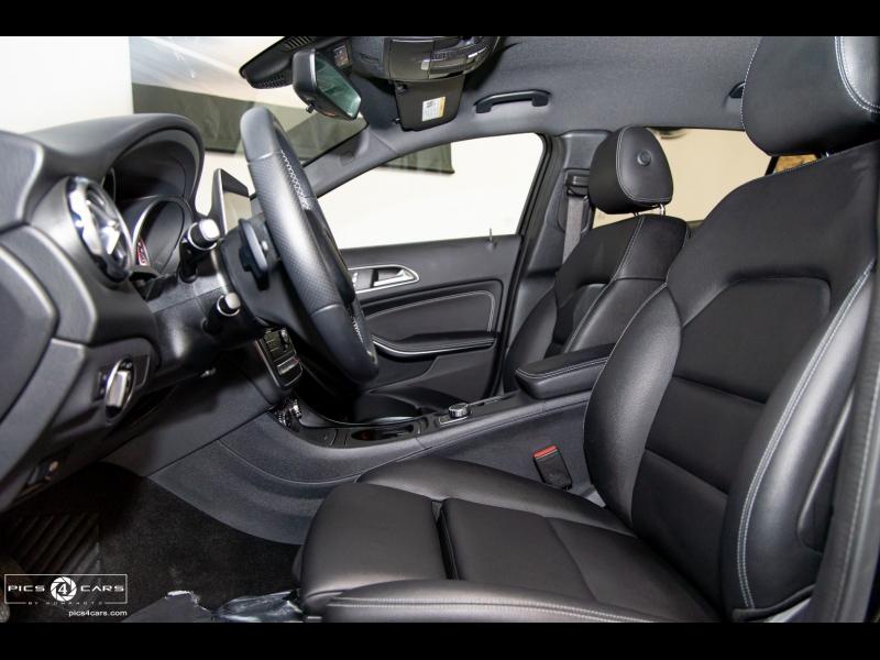 Mercedes-Benz GLA- 4MATIC LOW 10k Miles 2018 price $28,888