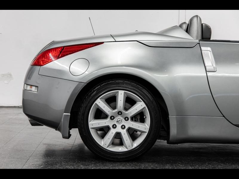 Nissan 350Z *6-Speed Manual* Roadster Touring 2004 price $17,888