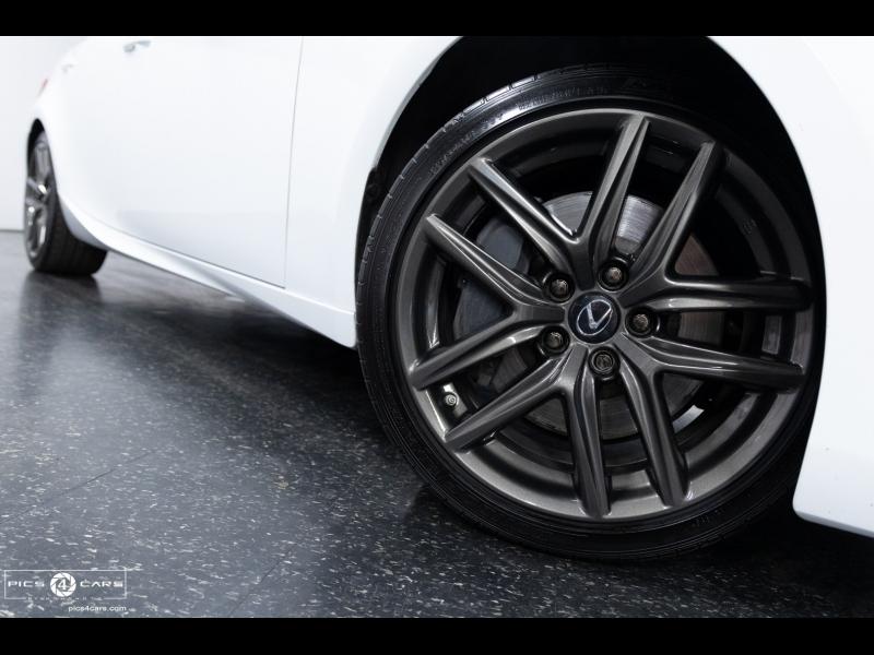 Lexus IS 2017 price $28,888
