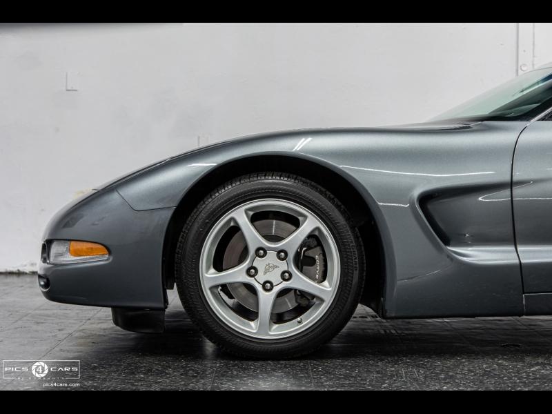 Chevrolet Corvette 2004 price $24,888