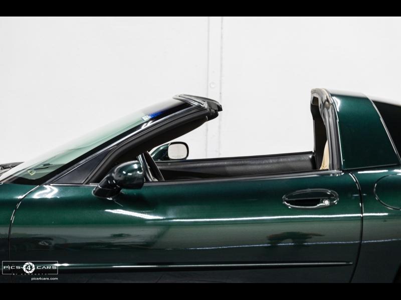 Chevrolet Corvette * 6-Speed* 2001 price $20,888